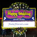 Jual bunga papan wedding FF - 027 untuk anda yang ingin memberi ucapan kepada kolega maupun saudara anda.