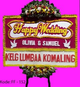 Bunga papan heppy wedding